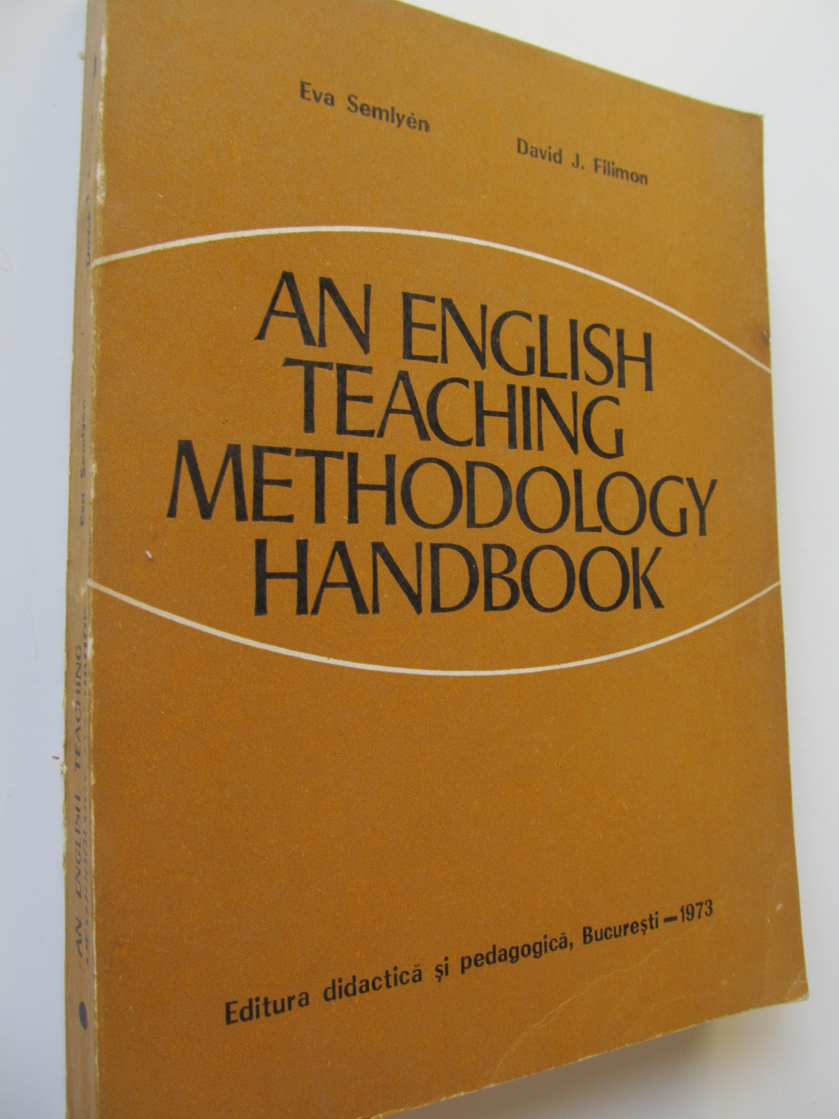 An English Teaching Methodology Handbook - Eva Semlyen , David Filimon | Detalii carte
