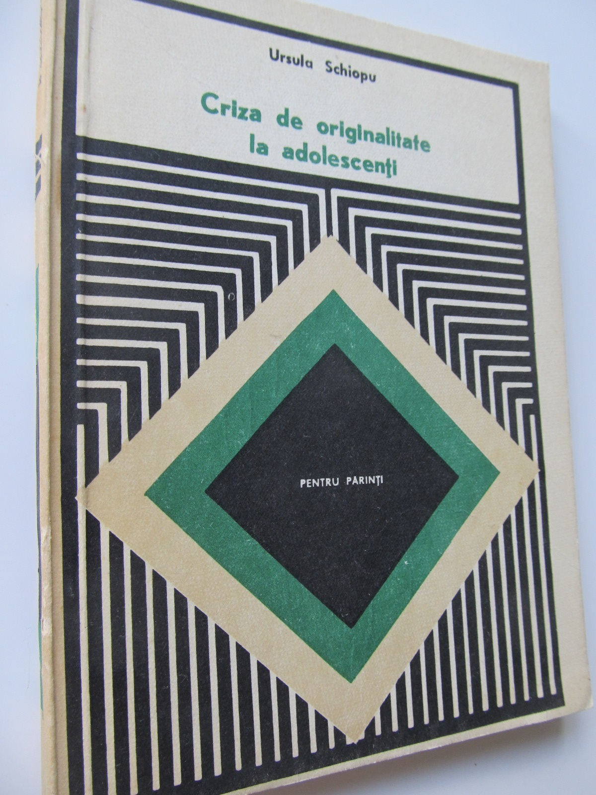 Criza de originalitate la adolescenti - Ursula Schiopu | Detalii carte