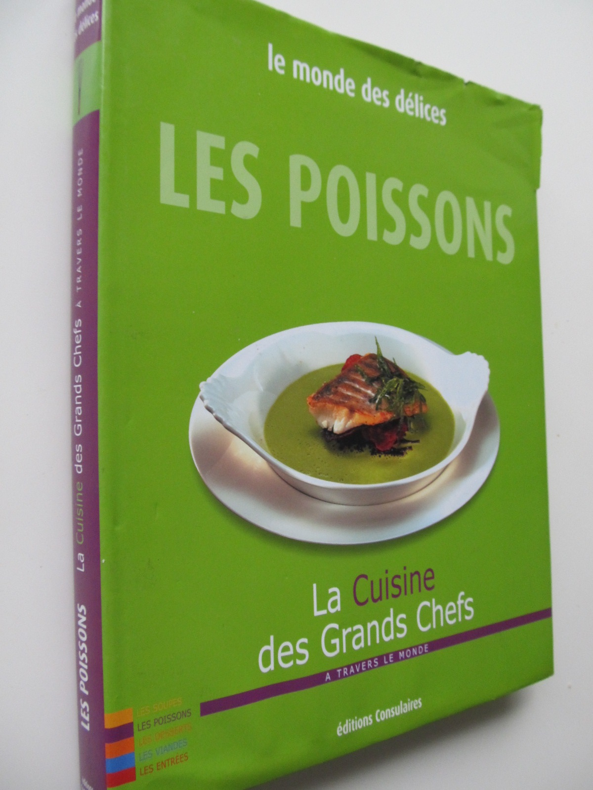 Le monde des delices Les poissons (retete de peste din toata lume) - format foarte mare - *** | Detalii carte