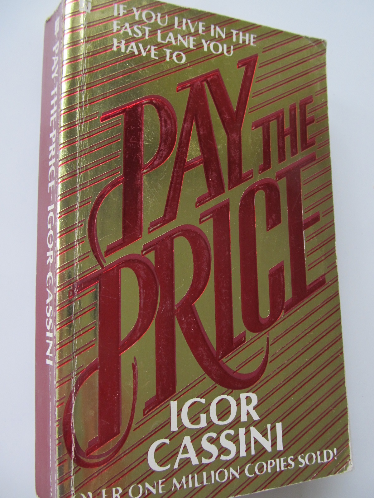 Pay the price - Igor Cassini | Detalii carte