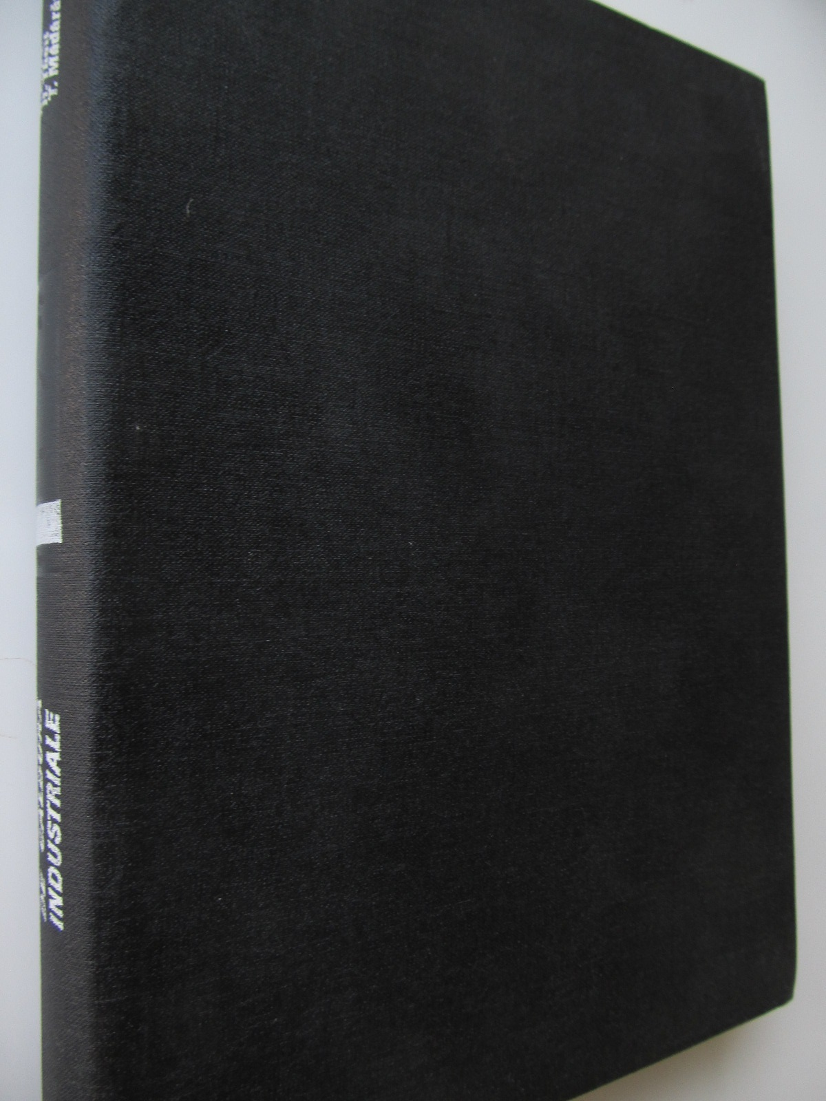 Schimbatoare de caldura industriale - Bazil Popa , Helmuth Theill , .. | Detalii carte