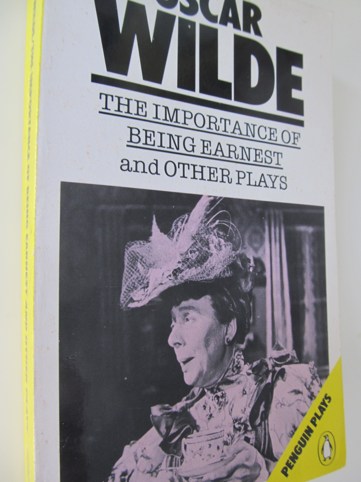 The importance of being earnest - and other plays - Oscar Wilde | Detalii carte