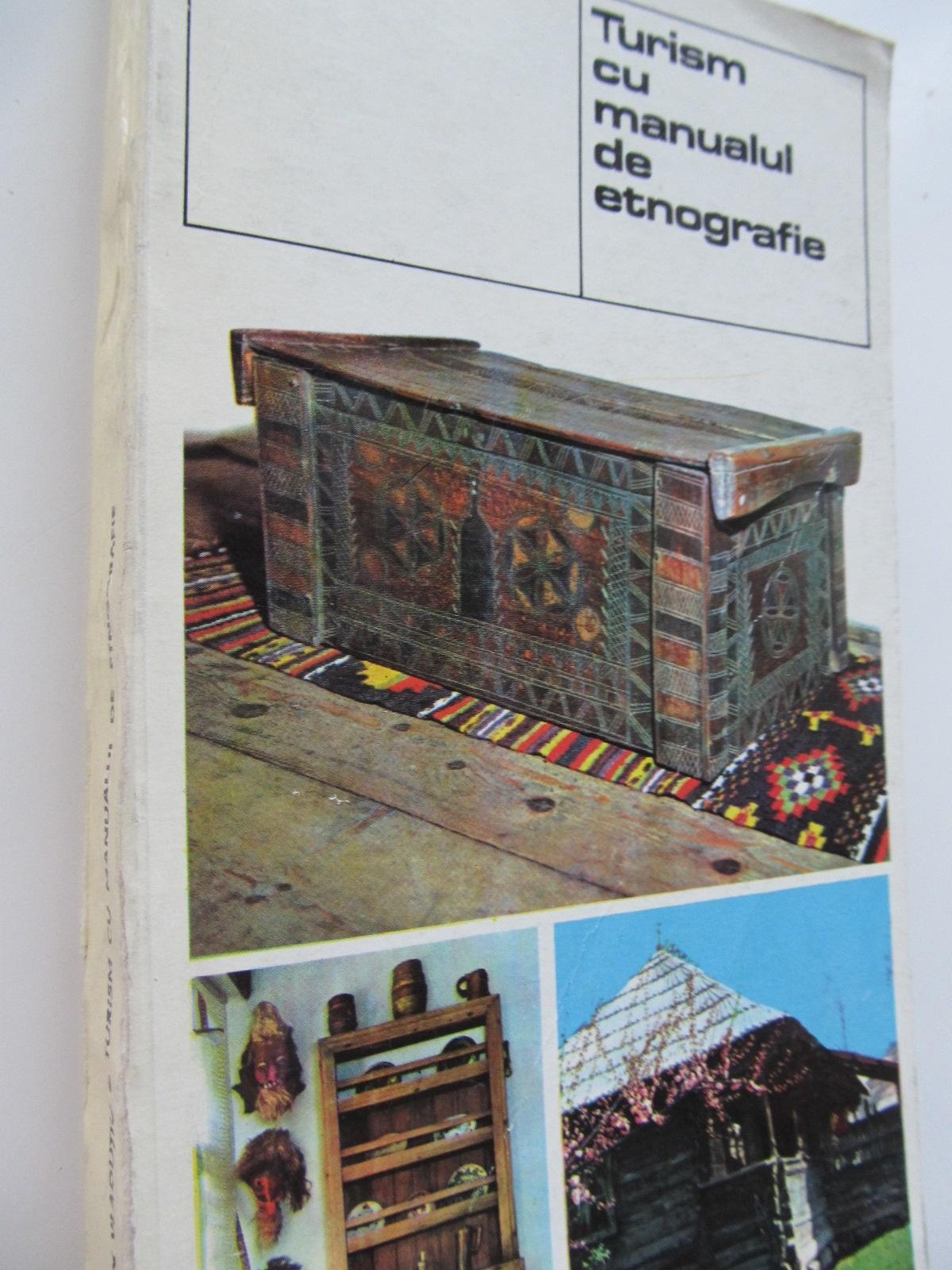 Turism cu manualul de etnografie (cu harta) - Ion Vladutiu | Detalii carte